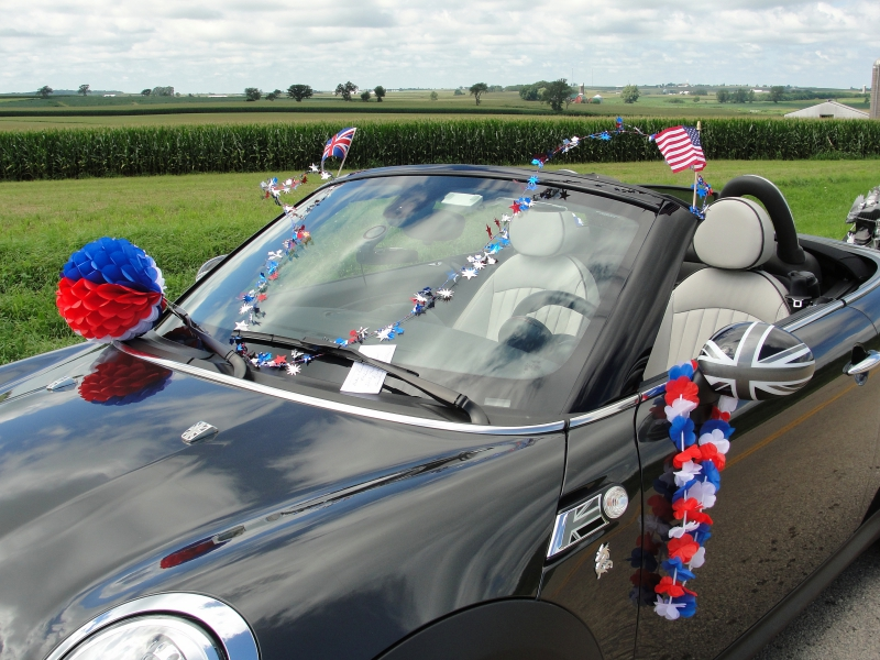 Holy cross festival and parade 2016 eastern iowa minis for European motors des moines