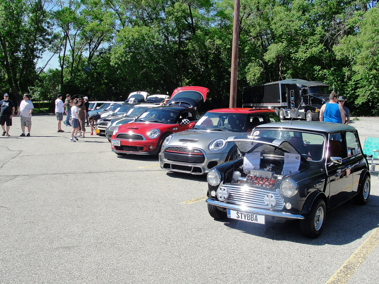 Eastern iowa minis a local group of mini motoring for European motors des moines